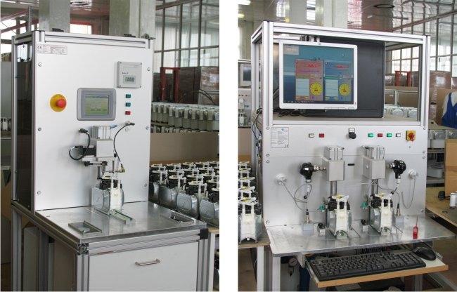 Установка для проверки герметичности измерительных механизмов и установка для настройки измерительных механизмов